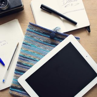7 Free iPad Crochet Sleeve Patterns