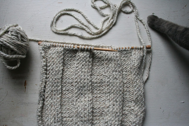 Knitting Pillow