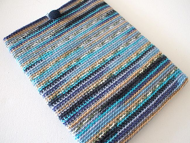 Make your own crochet tablet case