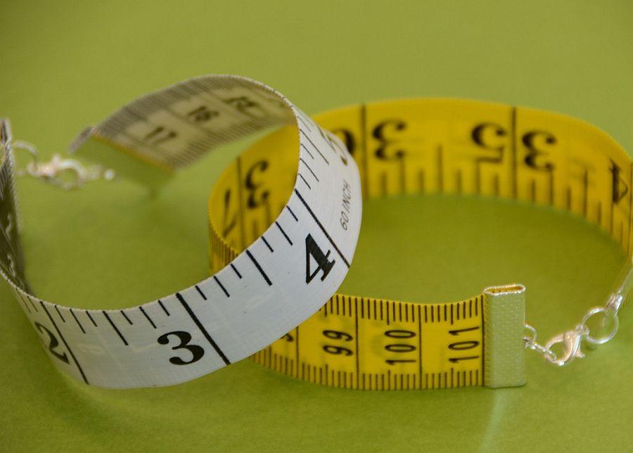 Measuring Tape Bracelet DIY