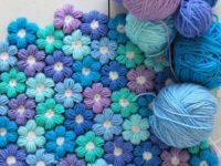 Puffy Flower Blanket 200x150 12 Pretty Crochet Flowers to Brighten Up Your Life