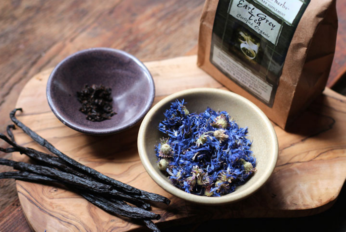 early-grey-vanilla-tea-cornflowers
