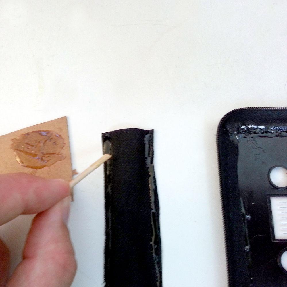 glue-pouch