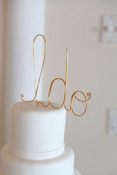 minimalist wire cake topper