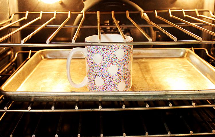 mug-in-oven