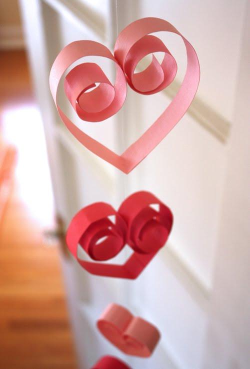 paper-heart-garland
