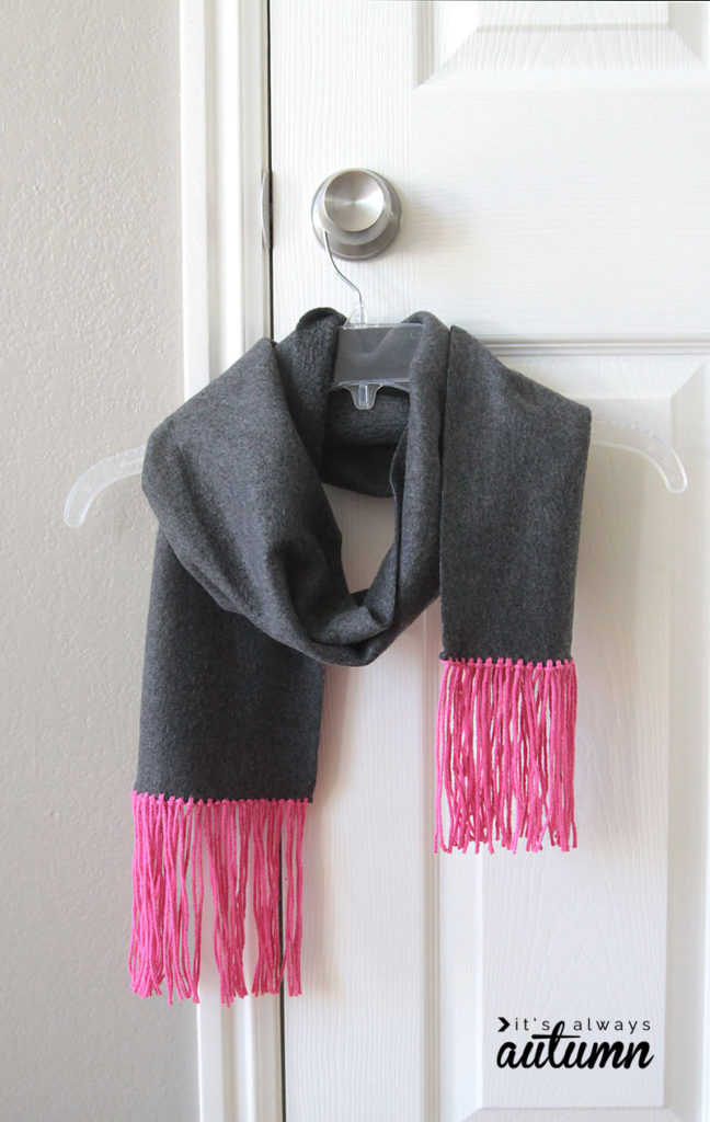 scarf-fleece-and-fringe