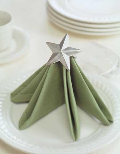 Christmas tree napkin 15 DIY Napkin Folding Techniques for a Fancy Dinner Table