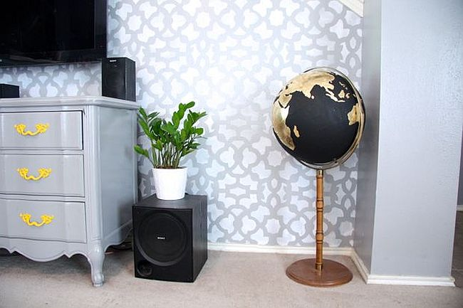 DIY Black and Gold Globe