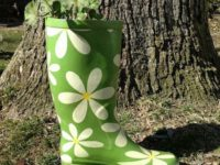 Flower power planter 200x150 9 Ways to Use Old Shoes as Planters