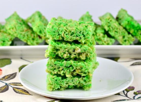 Green rice crispy squares