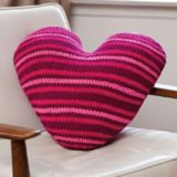 15 Adorable Knitted Valentine's Day Gifts