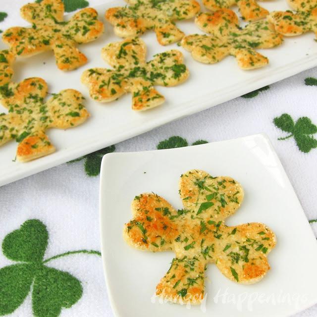Shamrock crackers
