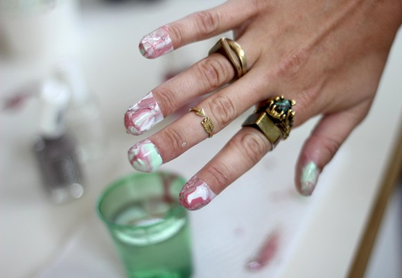 How to do marble manicures view in gallery step 10 solutioingenieria Images