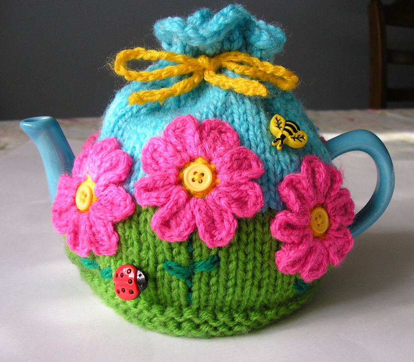 9 Lovely Knitted Tea Cosy Patterns