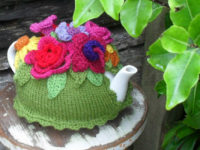 Tea Cosy1 200x150 9 Lovely Knitted Tea Cosy Patterns