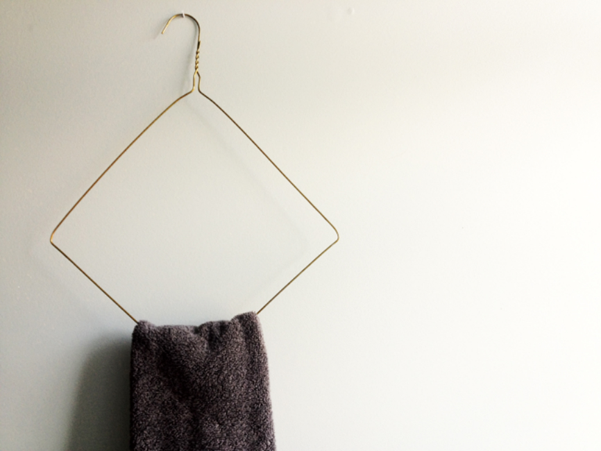 Wire Hanger Rack