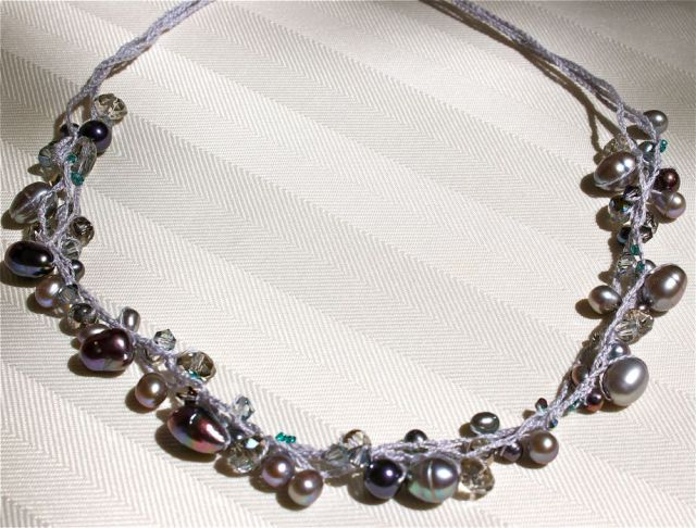beaded-crochet-necklace