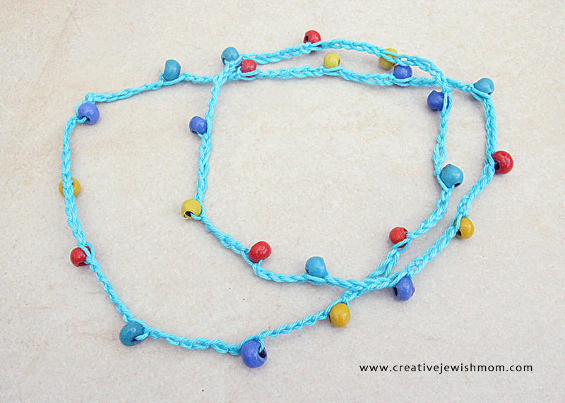 beaded-kids-necklace