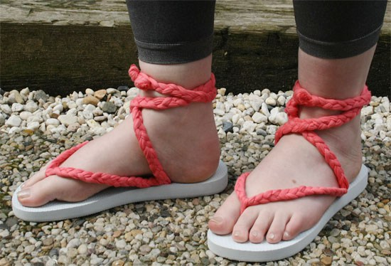 braided-tying-flip-flops