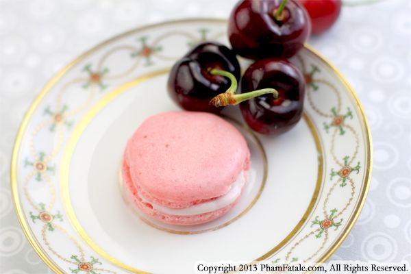cherry-macarons