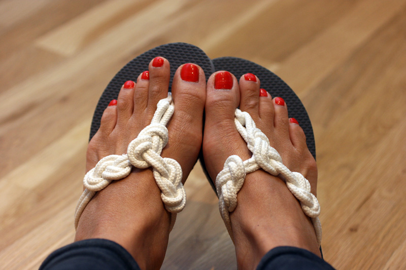 knotted-flip-flops