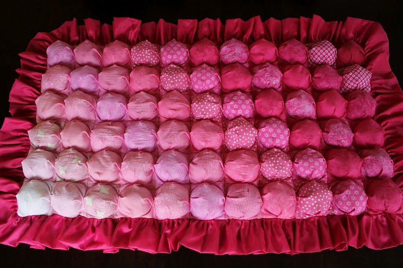 Pink ombre bubble quilt