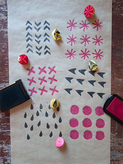 potato-stamp-wrapping-paper