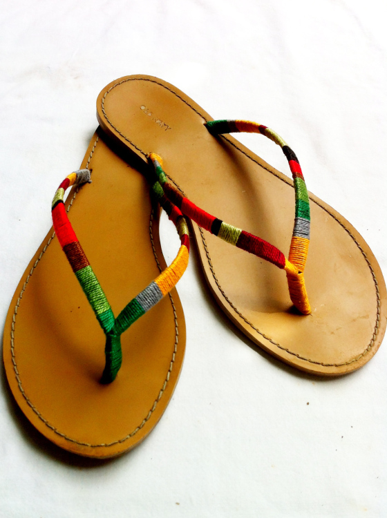 thread-wrap-flip-flops
