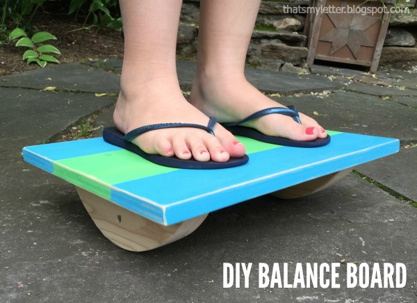 wood balance board 12 Amazing Wooden Toys You Can Make for Your Kids