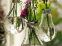 Awesome Light bulb planters 200x150 From Salvaged Junk to Stunning Décor: DIY Projects that Make a Difference!