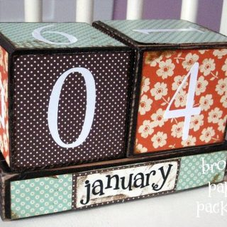 Need A Desktop Calendar? Check Out These Fab DIY Ideas!
