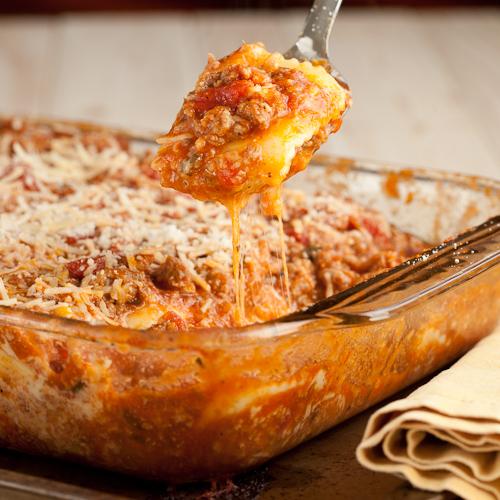 Cheesy baked ravioli casserole