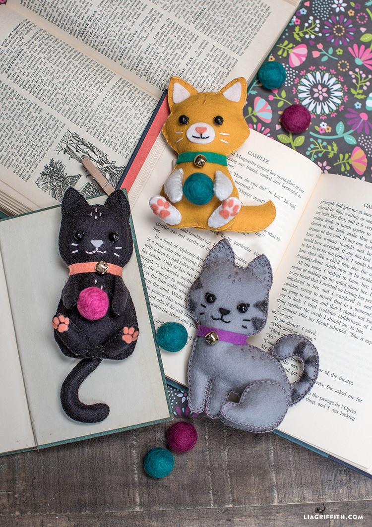 DIY felted kitten stuffies