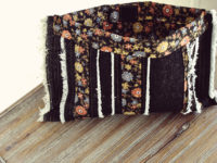 Denim Clutch 200x150 9 Cool and Easy Denim Projects to Make to Transform You and Your Home!