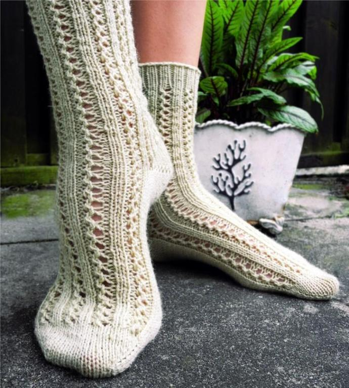 Double lace rib sock