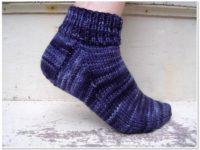 Easy peasy socks 200x150 Knitted Socks For Everyone