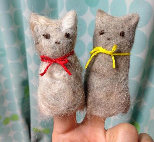 Felted cat fur finger puppets
