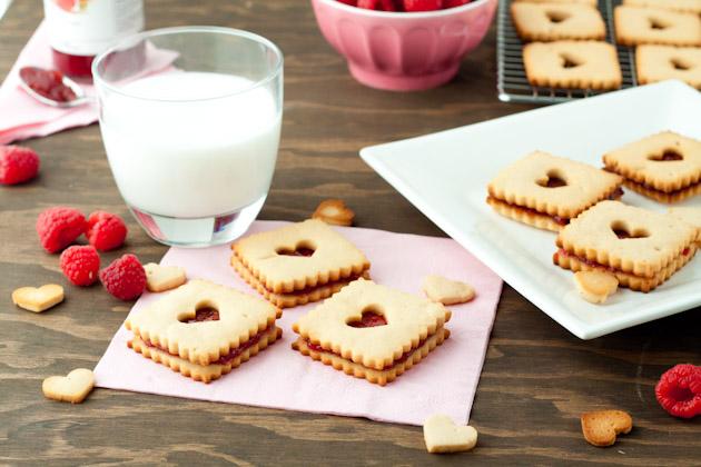 Gluten free raspberry linzers