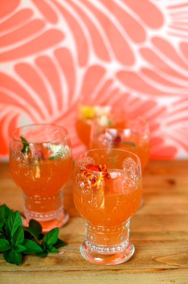 Grapefruit mint bellinis