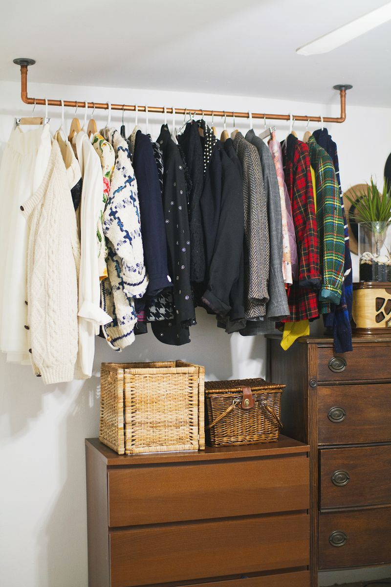Hanging Pipe Clothing Rack