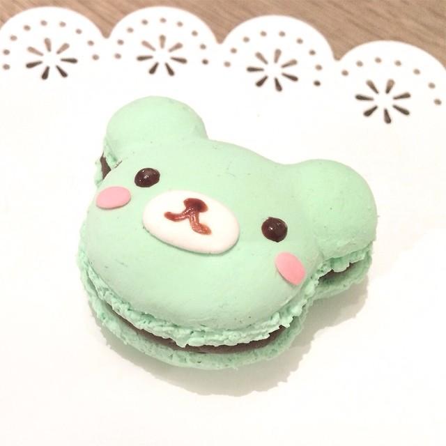 Kawaii bear mint macaron
