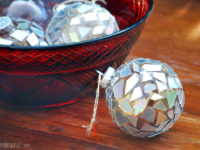 Ornaments 200x150 From the Colorful to the Creative: Ingenious Upcycled CD Crafts