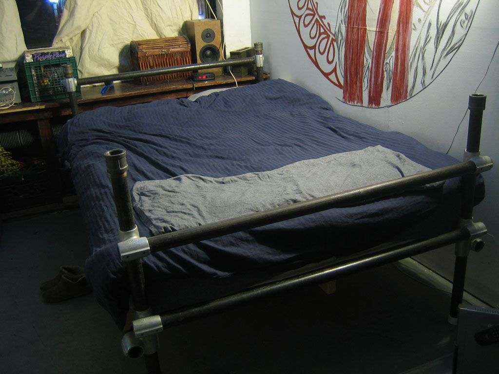 Pallet Shelves Bedroom