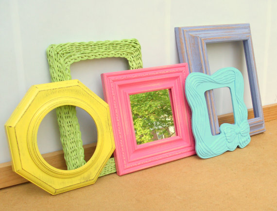 Pop picture frames
