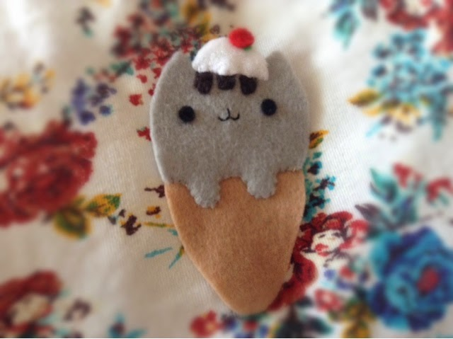 Pusheen bookmark
