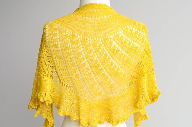 Shattered sun shawl