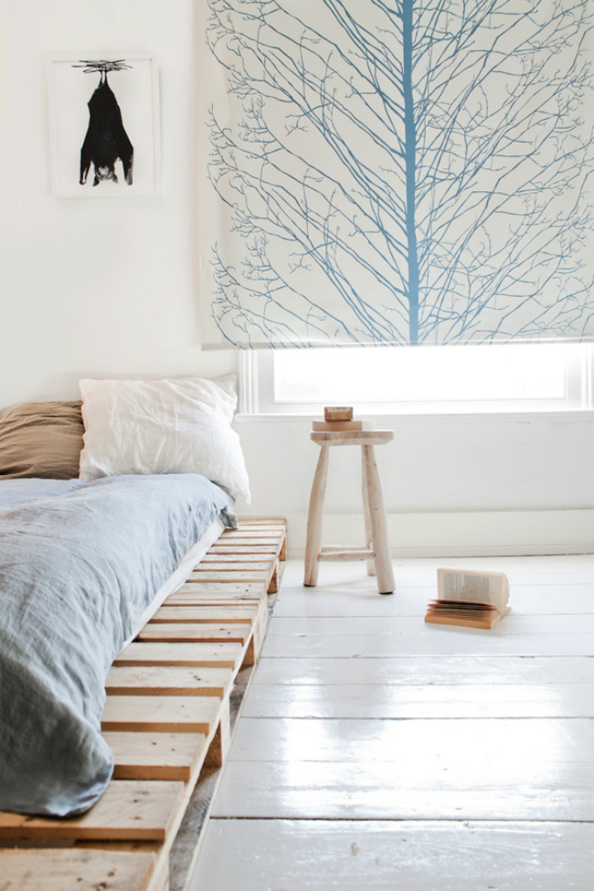 Simple Pallet Bed