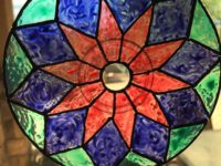 sun catchers 200x150 From the Colorful to the Creative: Ingenious Upcycled CD Crafts