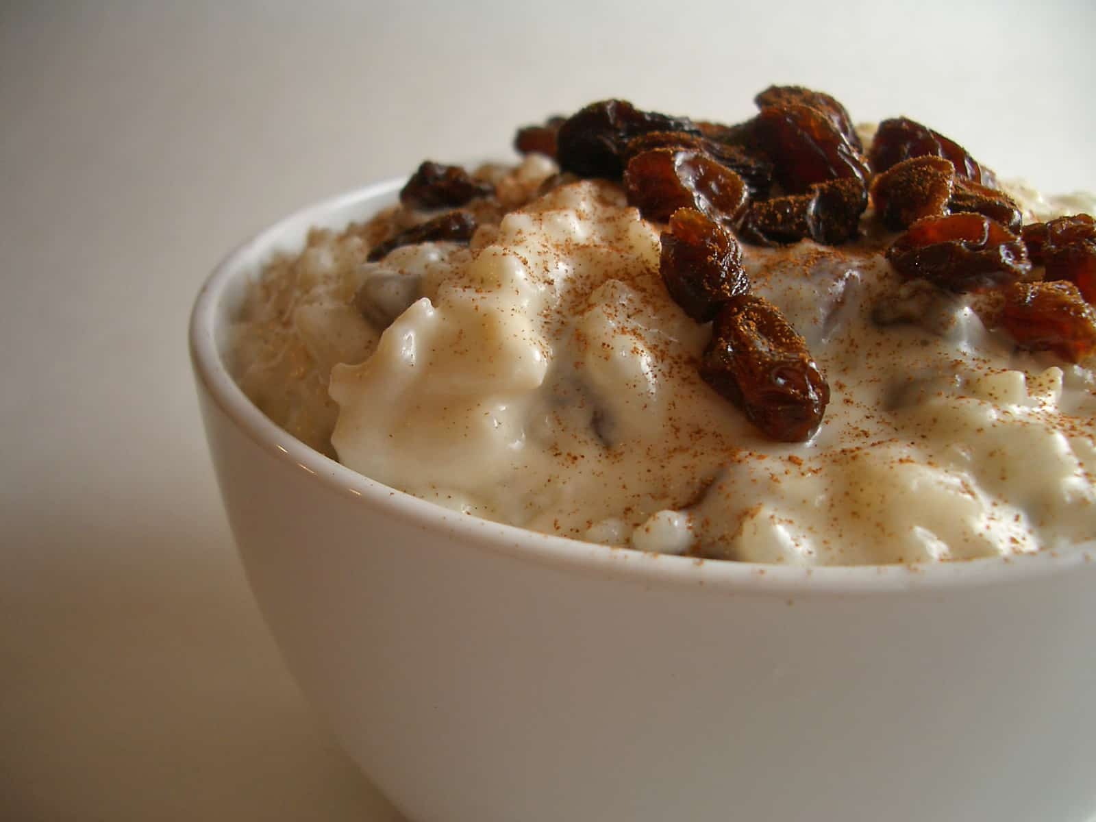 Baked rum raisin rice pudding